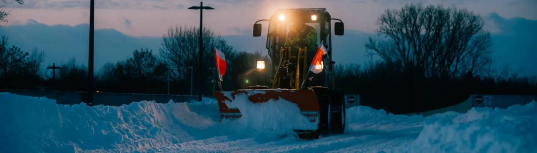 Winterdienst, maschinell Schnee räumen, Iseki